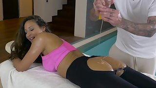 Oiled rub down for Martina Aureate turns into automated love congress