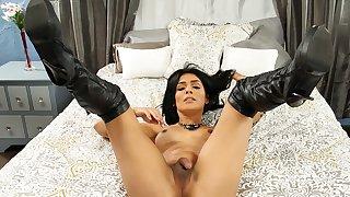 Stunning Aubrey Starr Strokes Her Cock - TGirlsXXX